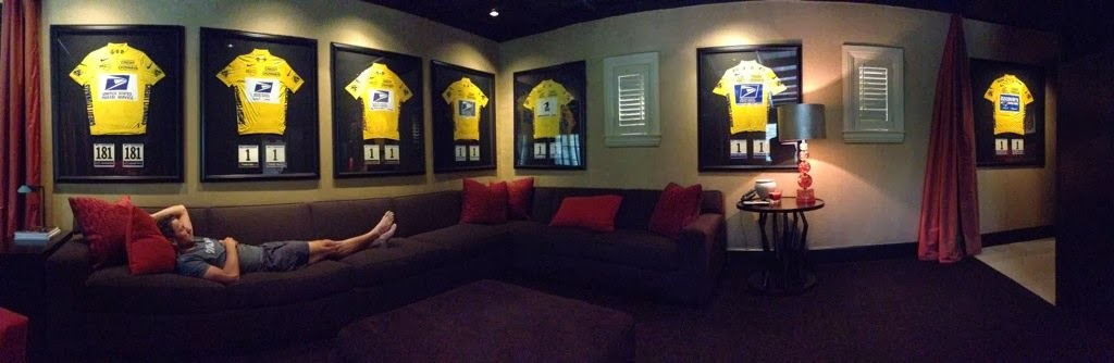 lance-armstrong-yellow-jerseys